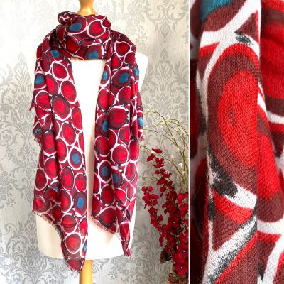 Red, bold, circles, scarf
