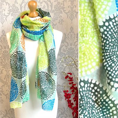vibrant, green, circles, scarf