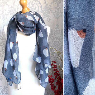 grey, hedgehog, scarf