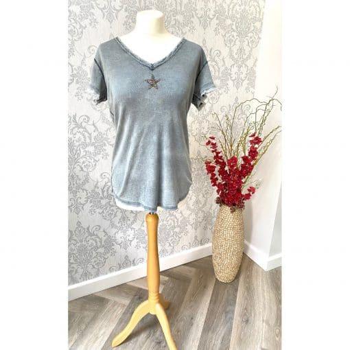 grey, frayed, star, t-shirt
